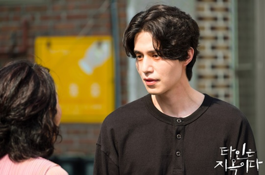 "[""Strangers from Hell""] Lee Dong-wook, outstanding performance"