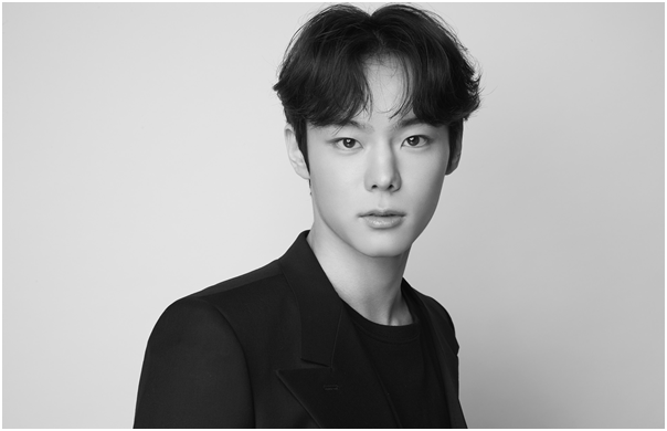 "Yoon Seo-bin, from Produce X, Exclusive Contract with Suprime Artist Agency. ""I will do my best with humble heart"""