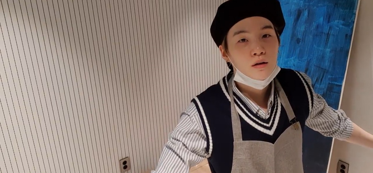 Suga revealed painting skills and tipped off BTS' upcoming album
