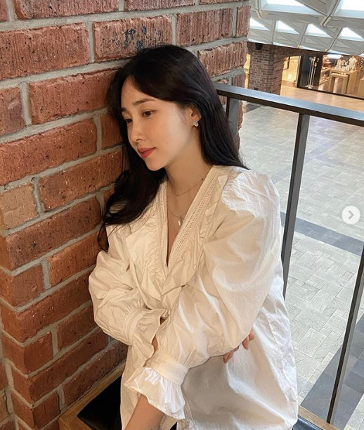 Choi Hee, showed off her  beauty during pregnancy