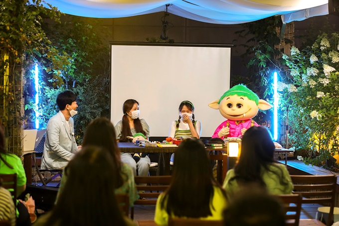 'EBS's oldest Character' Ttukttagi, first fan meeting successful...Beloved by his friends born in the 1980s and 1990s