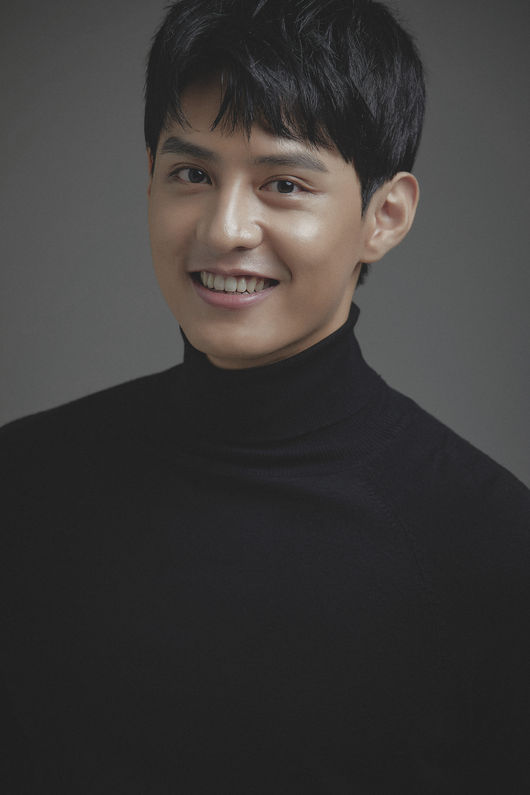'All regions' Do Ji-han, exclusive contract with Milkyway Enter [Official]