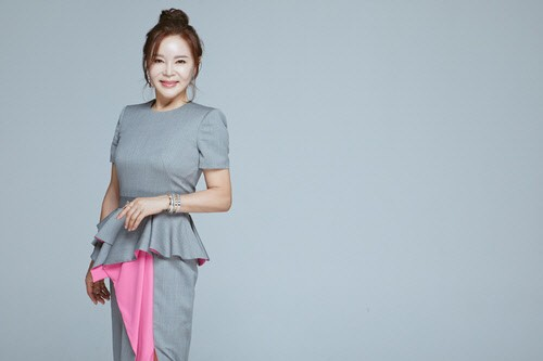 "Choi Ran ""Husband Lee Choong-hee asked me marry him, without working for broadcasting...I refused his proposal"""