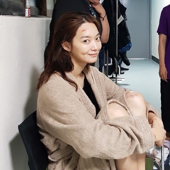 "Shin Min-ah showed her beauty in the behind-the-scenes cut of 'Diva'...""released today"""