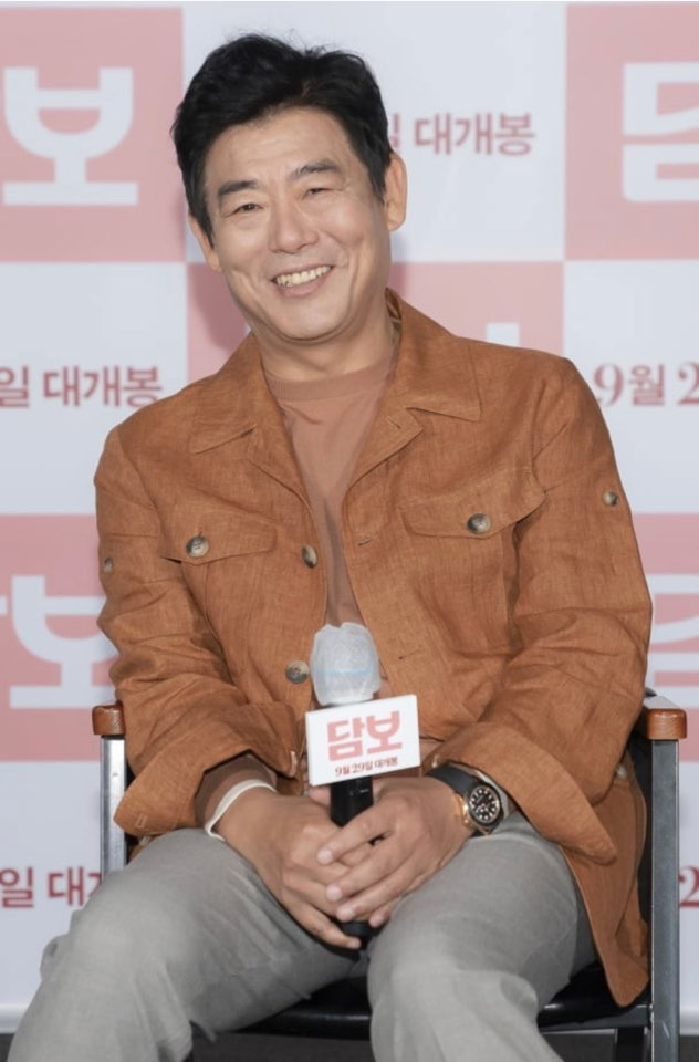 "'Pawn' Seong Dong-il ""My character fits me, just Seong Dong-il"""