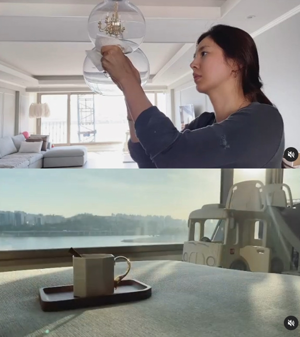 'Cha Se-chi's wife' Han Chae-ah reveals a bright living room + Han River view house... '100 points of housekeeping'