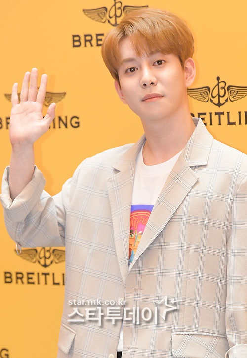 "Park Kyung, enlisted in active duty on the 19th... ""private admission"" after suspicion of hoarding and abusive controversy [General]"