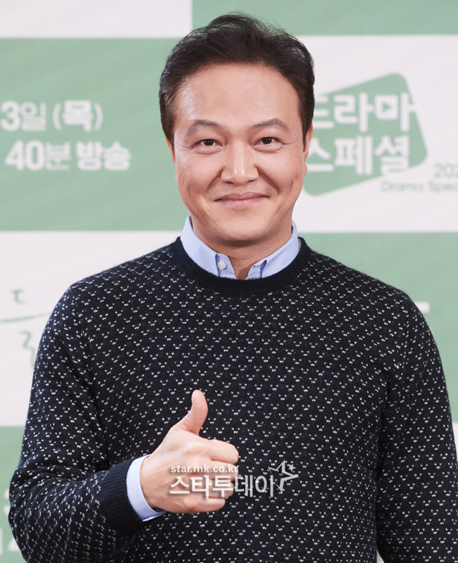 "'Outing' Jung Woong-in ""A character acting as a non-villain, good for children"""