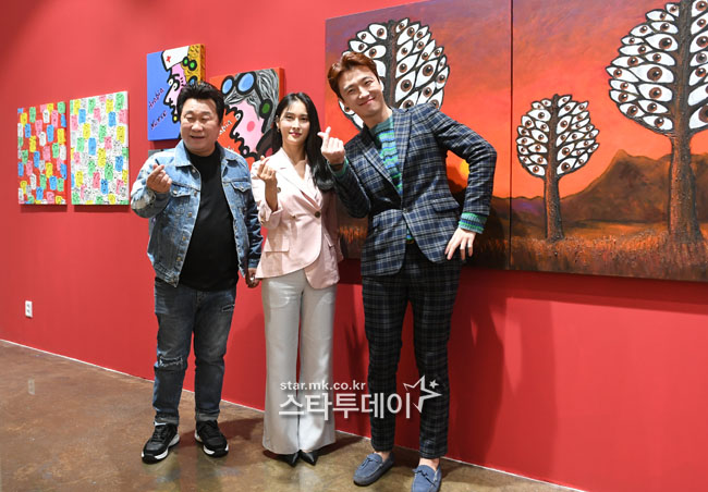 [Photo] Park Gyu-ri, Lim Ha-ryong, Han Sang-yoon held a painting party