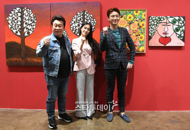 [Photo] Park Gyu-ri, Lim Ha-ryong, Han Sang-yoon held a painting party exhibition