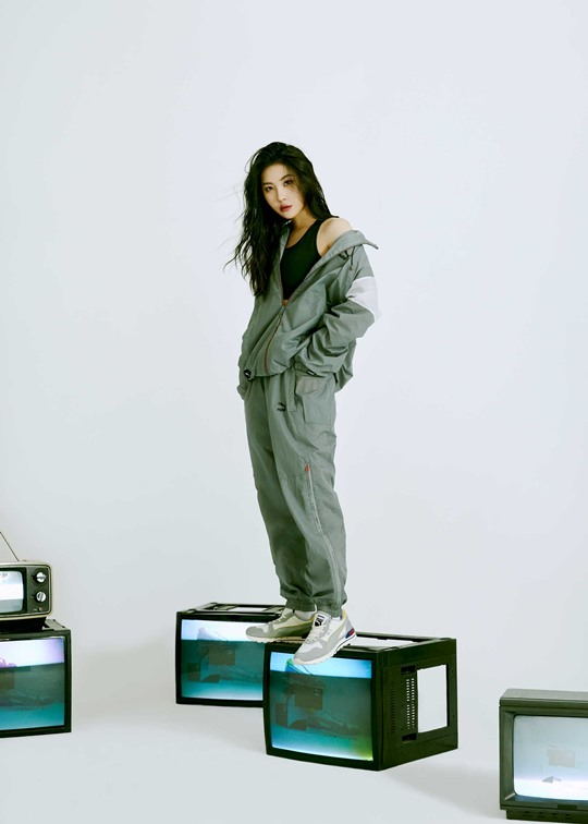 Sunmi showed off various charms