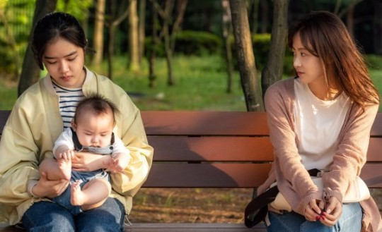 'Child' Kim Hyang-ki and Ryu Hyun-kyung appear in 'Nightline' [Official]