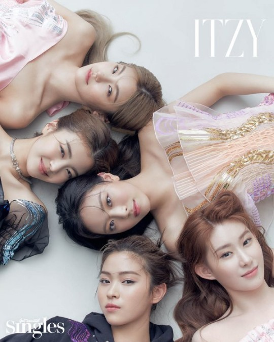 ITZY, the five lovely girls' look like me (pictorial)