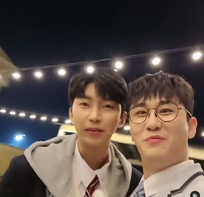 Young-tak cheered Lim Young-woong cheer