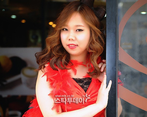 """""""I haven't ever bullied my schoolmate simply because of appearance"""" Hong Hyun-hee sues an online troll for alleged abuse... """"No preoccupation"""""""