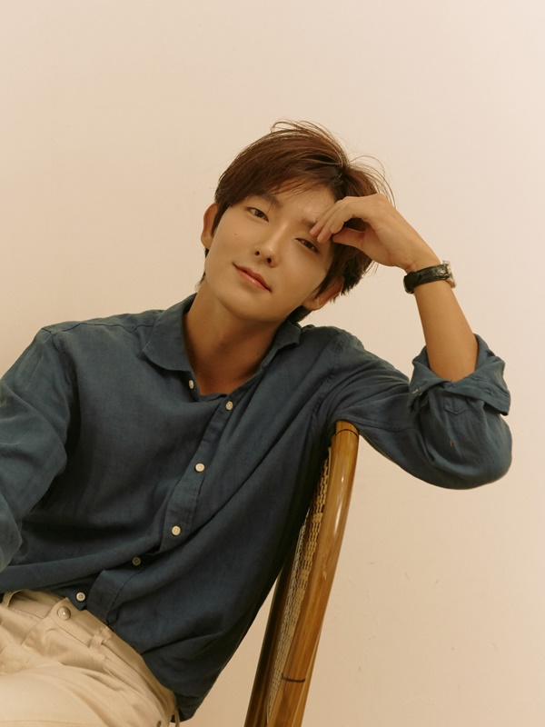 Lee Jun-ki signs renewal contract with Namu Actors, the current management company [Official]