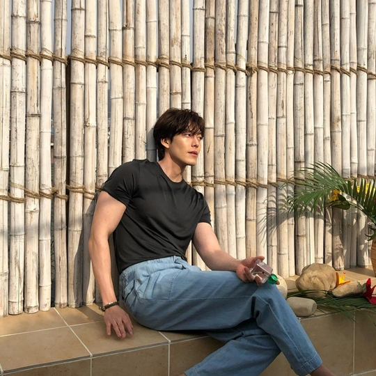 Kim Woo-bin posted photos of his daily life