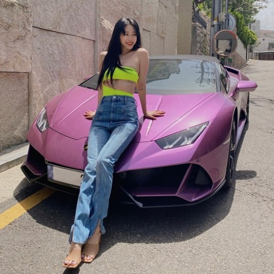 """""""I will tell you the truth story, soon"""" Han Ye-seul reveals the 500 million Lamborghini in question"""