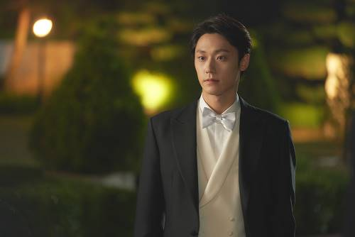 """'Youth of May' Lee Do-hyun """"I want to be a trustworthy actor...I could film this drama thanks to Ko Min-si"""""""