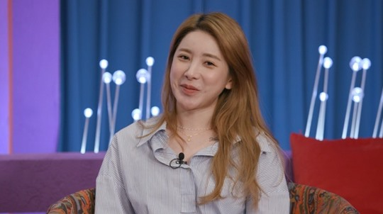 """'Love Master' Seo In-young talked about her romance type... """"Drunkness and bare face revealed first"""""""